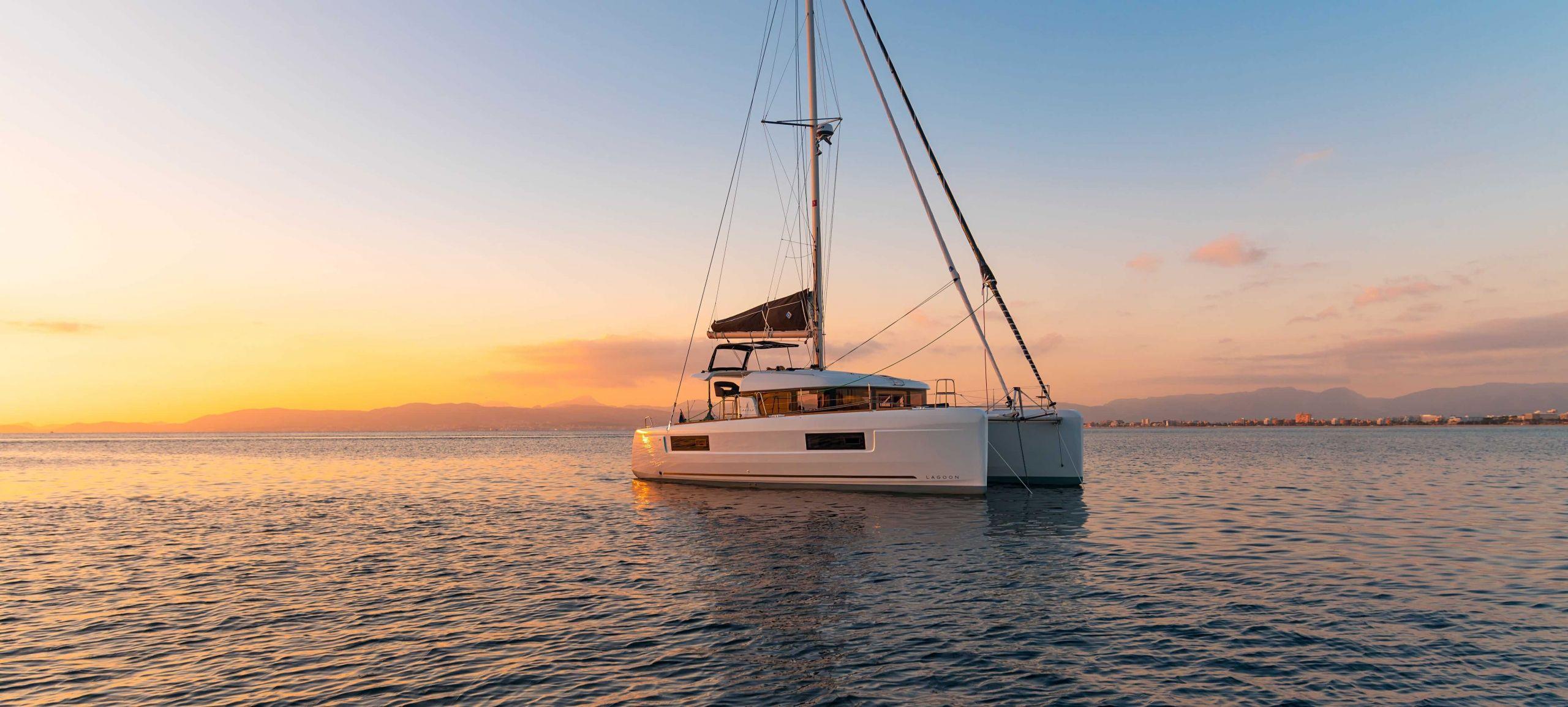 Catamaran Lagoon - SIXTY 5 - catamarans for sale