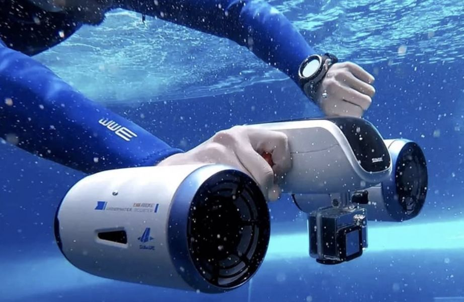 Sublue Underwater Scooter - Yacht Toys - Water Sport equipments